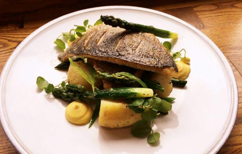 Sea bream with Jersey Royal potatoes, asparagus and garlic aioli