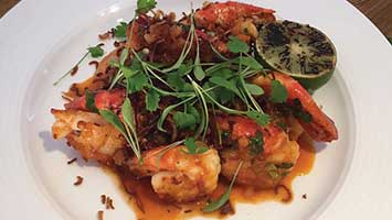 Singapore chilli king prawns